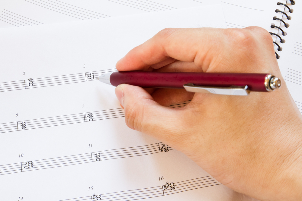 SongwriterLink how to apply music theory in your songwriting blog photo